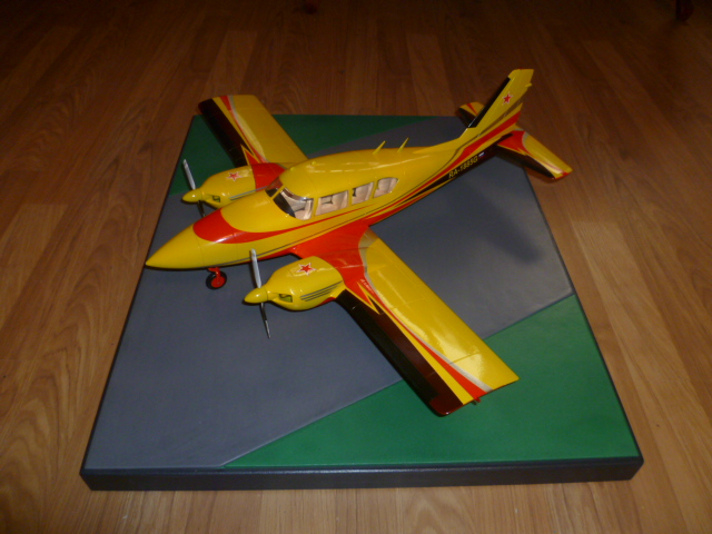 Piper PA-23 Aztec scale 1:20